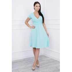 Cut-off svetlozelené šaty