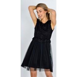 Luxusné čierne krajkové šaty