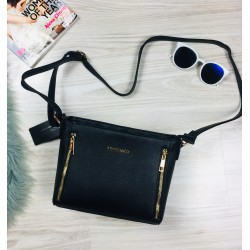 Čierna elegantná kabelka...