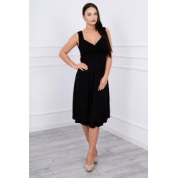 Čierne cut-off šaty