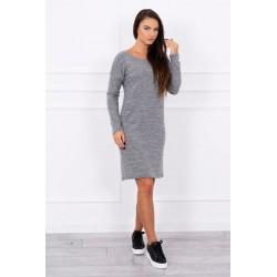 Priliehavé sivé šaty