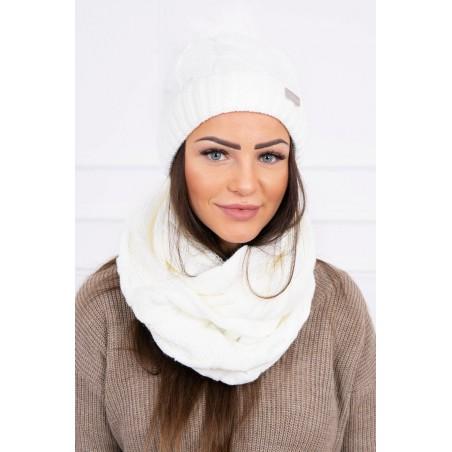 Komplet-Biela čiapka s brmbolcom a šálom 2